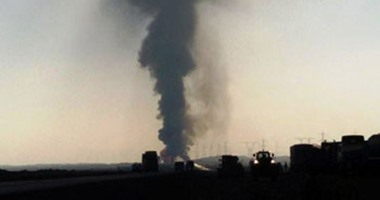"""شاهد لـ""""صحافة المواطن"""": شلل مرورى بطريق القاهرة السويس لانفجار بخط الغاز"""