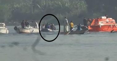 """بالفيديو.. صيادو الوراق يعثرون على جثة جديدة ويسلمونها لـ""""الإسعاف النهرى"""""""