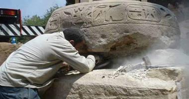 المتحف المصرى الكبير يستقبل عمود الملك مرنبتاح لعرضه فى البهو الكبير.. غدا