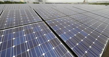 باحثون صينيون يطورون خلايا شمسية مرنة للإلكترونيات القابلة للارتداء