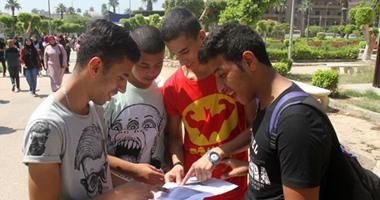 إقبال غير مسبوق على سحب بطاقات القدرات طوابير طويلة ومنافذ جديدة لإستيعاب الطلاب 7201611114755531islam-osama-(18)