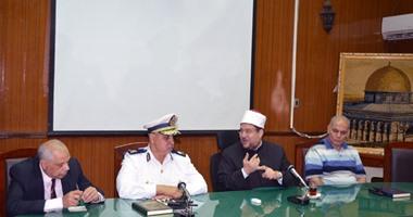 وزير الأوقاف يبحث إجراءات إنهاء أعمال سوق الخميس بالمطرية