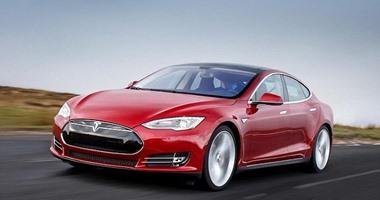 """شركة صناعة السيارات الكهربائية """"تسلا"""" تسرح 9% من موظفيها"""