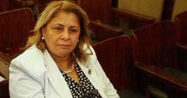 النائبة منى منير تطالب بمحاكمة كل من يعتدى على أفراد الجيش عسكريًا