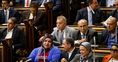 """""""إسكان البرلمان"""" تطالب المركزى للمحاسبات بتقارير شركات قطاع الأعمال العام"""