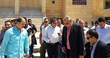بالصور.. وزير الآثار ومحافظ المنيا يتفقدان مركز زوار تل العمارنة والمرسى السياحى