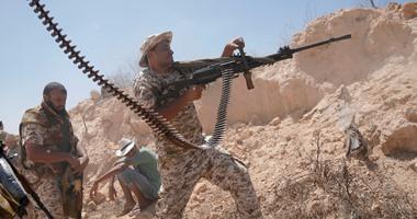 قوات الحكومة الليبية تقصف مواقع الجهاديين في سرت ومقتل اثنين من عناصرها