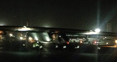 بالصورة.. دخول الطائرة المصرية القادمة من باريس المجال الجوى المصرى