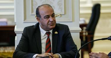 النائب مجدى مرشد يطالب بإنشاء مجلس قومى للصحة وينتقد غياب التخطيط بالوزارة
