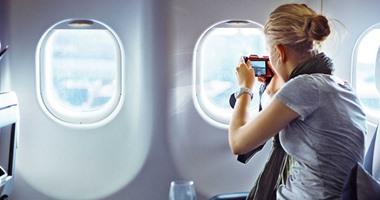 سباق بين شركات التكنولوجيا لتوفير واى فاى فائق السرعة على متن الطائرات