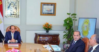 بالصور.. السيسى يستعرض مع وزيرى الزراعة والرى الموقف المائى فى مصر