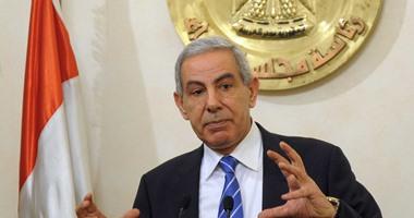 وزير الصناعة: لا يمكن تقييد حركة الاستيراد بسبب أزمة الدولار