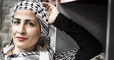 """بالصور..الفلسطينية فاتنة الغرة تحصد جائزة """"شعر مدينة فيوميشينو"""" فى إيطاليا"""