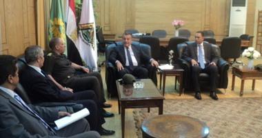 رئيس جامعة بنها يؤكد الدور الوطنى للقوات المسلحة والشرطة فى حماية الوطن