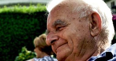 دراسة بريطانية: اتباع نمط حياة صحى يؤخر خرف الشيخوخة 12 عاما