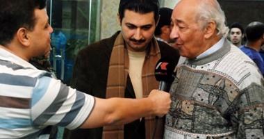المخرج الراحل جلال توفيق مع الفنان ياسر جلال
