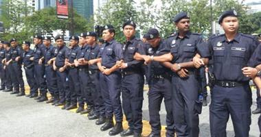 الشرطة الماليزية تلقى القبض على 13 شخصا للاشتباه فى تورطهم مع جماعات إرهابية