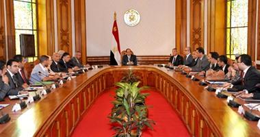 """الرئيس السيسى يلتقى عددًا من شباب مبادرة """"فكرتى"""""""