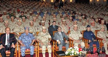 بالصور.. الرئيس السيسى يشهد ندوة تثقيفية للقوات المسلحة بمسرح الجلاء