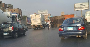 صحافة المواطن: سقوط حاويتين من شاحنة بـ دائرى المنيب  وتعطل حركة المرور  اليوم السابع