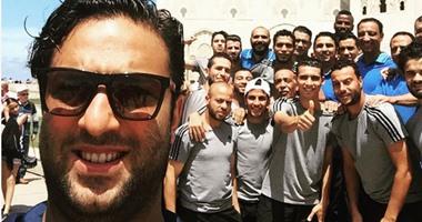 """بالصور.. """"سيلفى"""" ميدو وأبوزيد ولاعبو الدراويش فى الدار البيضاء"""