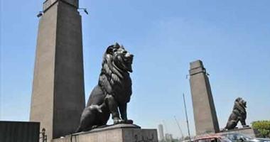 كيف تتعامل وزارة الآثار مع أسود قصر النيل الأربعة فى عيد الأضحى؟