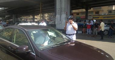 """""""مرور أسوان"""" ترصد 582 مخالفة وتضبط 71 سائقا تجاوزوا السرعة المقررة"""