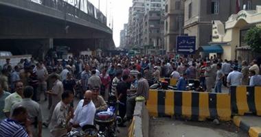 تجدد اعتصام زوجات وأطفال أمناء الشرطة المحبوسين أمام مديرية أمن الشرقية
