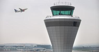 برج مراقبة فى المطار – صورة أرشيفية