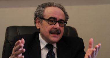 علاء عبد الهادى ينفى إجراء انتخابات جديدة لهيئة المكتب باتحاد كتاب مصر