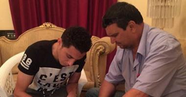 """بالصور.. المحلة يضم """"عبد العال"""" الرجاء 3 مواسم"""