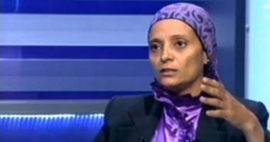 """نجاة عبدالرحمن تعرض رقم هاتفها على الهواء وتواصل حملة """"المليون توقيع"""""""