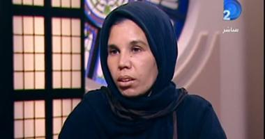 المرأة الملقية أبناءها بالشارع: الفقر السبب والنيابة اعتبرتنى ضحية