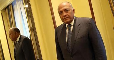 الرئيس الجزائرى يستقبل سامح شكرى لتسليمه رسالة السيسى