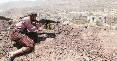 """الحوثيون يهددون بـ """"قطع البحر الأحمر والملاحة الدولية"""""""