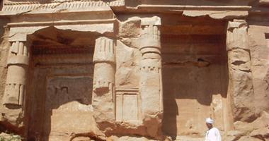 الأثار تبدأ إجراء أكبر مشروع بحث عن الحفائر الأثرية بمنطقة كيمان الفيوم