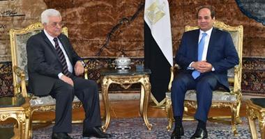 السيسى لـ أبو مازن: مصر ستواصل دعمها التاريخى للقضية الفلسطينية
