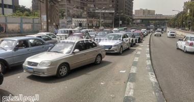 المرور يطالب قائدى السيارات تجنب منطقة أعمال المترو بوسط البلد