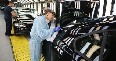 فولكس فاجن تسحب نصف مليون سيارة من الأسواق لاختراقها القانون الأمريكى