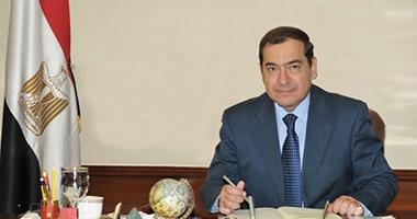 وزيرالصناعة القبرصى يصل القاهرة لدعم التعاون فى مجالات الطاقة