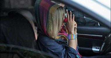 إطلاق سراح فتاة إيرانية سجنت بسبب خلع حجابها فى ساحة عامة