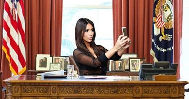"""كيم كاردشيان تحاول إقناع مؤسس """"تويتر"""" بإضافة زر لتعديل التغريدات"""