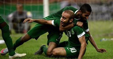 السعودية تسعى للفوز على فلسطين فى مواجهة  الأزمة