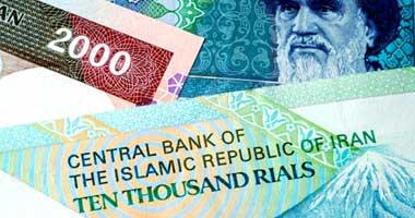 هبوط غير مسبوق للعملة الإيرانية والشرطة تعتقل متلاعبين بسوق النقد