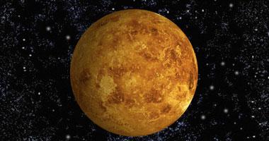 معهد الفلك: القمر والزهرة يقترنان بسماء مصر اليوم