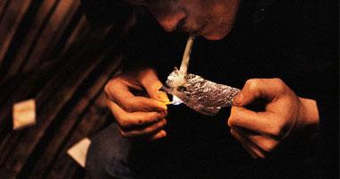 """خليط الهيروين ومخدر ألم السرطان أقرب طريق إلى الوفاة بـ""""أوفر دوز"""" Heroin-addict620081292920"""