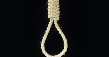 الإعدام شنقًا لربة منزل قتلت طفلا نجل عشيقها بالشرقية