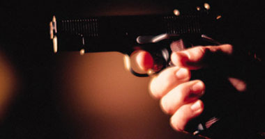 طفل يطلق النار على شقيقته بالخطأ فى الإسكندرية