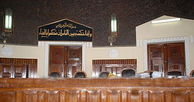 تأجيل محاكمة موظفة وقوادة بتهمة ممارسة الدعارة فى مدينة نصر لـ18 يناير