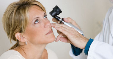 هل يؤثر مرض السكر على العين وكيف يمكن تفادى مضاعفاته؟